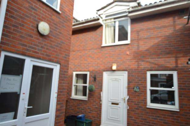 1 Bedroom Terraced House for sale in Bank Place, Market Street, Crediton, Devon