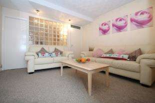 Flat for sale in Birkbeck Road, Sidcup