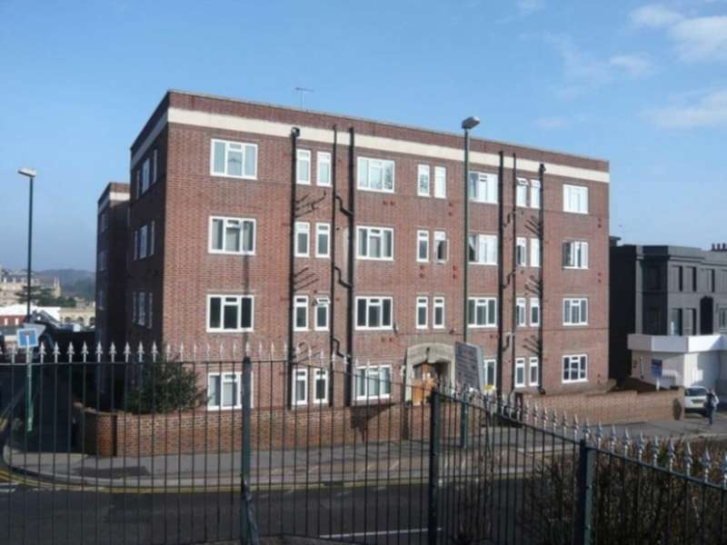 Apartment Flat for sale in Terrace Road, Bournemouth