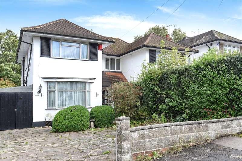 3 Bedrooms Semi Detached House for sale in Raglan Gardens, Watford, WD19