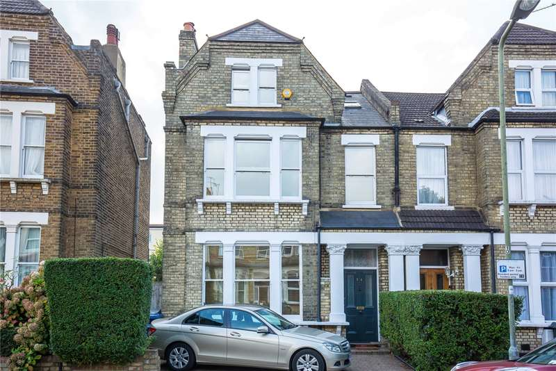 5 Bedrooms Semi Detached House for sale in Station Road, Finchley Central, London, N3