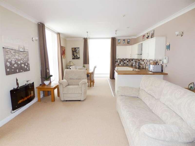 1 Bedroom Apartment Flat for sale in Moorside Avenue, Huddersfield, HD4 5BU