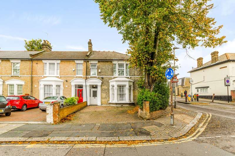 4 Bedrooms End Of Terrace House for sale in Hampton Road, Forest Gate, E7