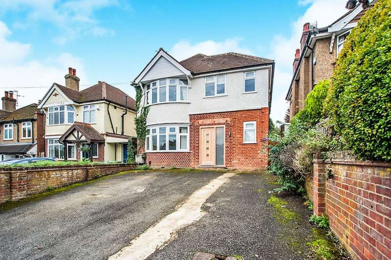 4 Bedrooms Detached House for sale in Vicarage Lane, Kings Langley, WD4