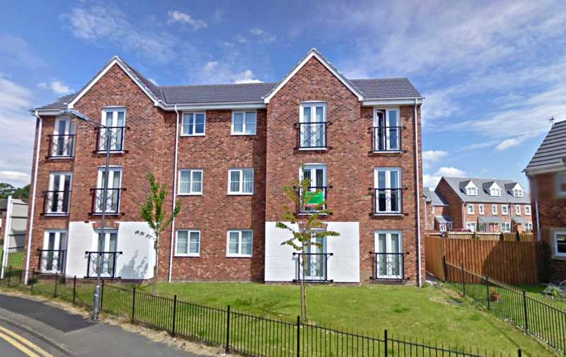 2 Bedrooms Apartment Flat for sale in Barleymere Close, Newton Le Willows
