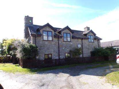 4 Bedrooms Detached House for sale in Rhes-Y-Cae, Holywell, Flintshire, North Wales, CH8