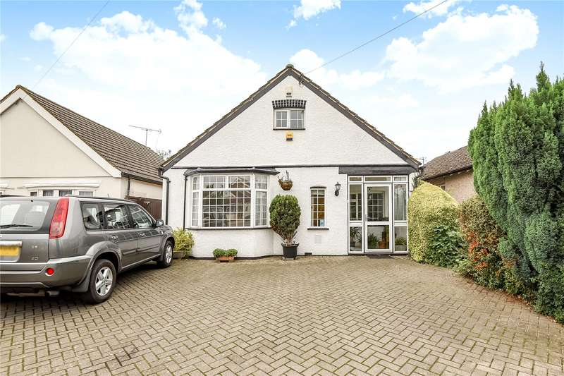 4 Bedrooms Detached Bungalow for sale in Harlington Road, Hillingdon, Middlesex, UB8