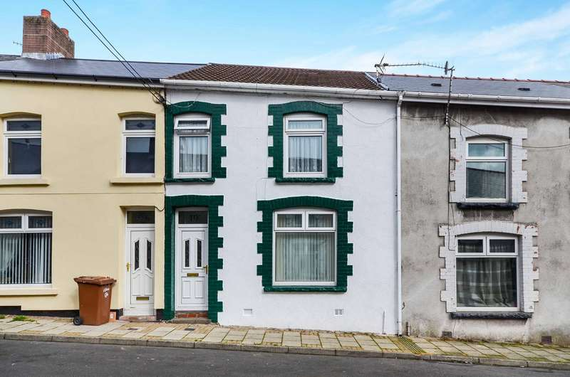 2 Bedrooms Terraced House for sale in Derlwyn Street, Phillipstown, New Tredegar, NP24