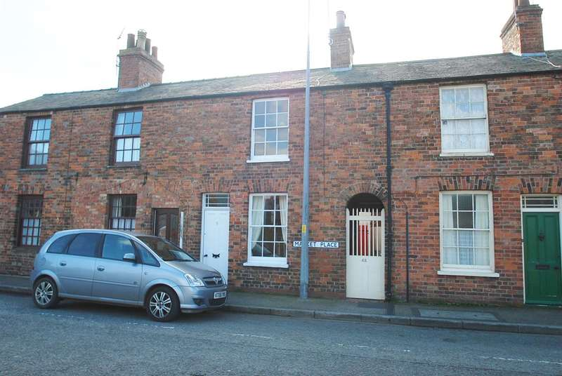 1 Bedroom Terraced House for sale in Market Place, Wainfleet