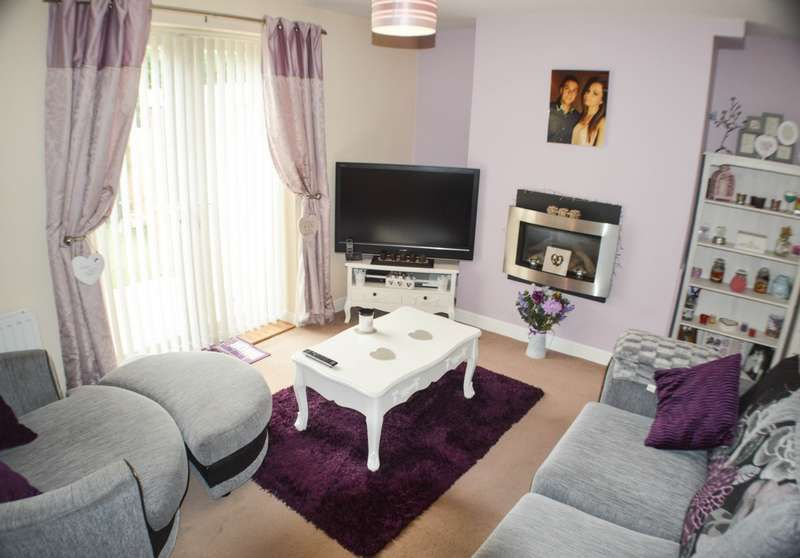 2 Bedrooms House for sale in Dale View Gardens, Crawcrook, NE40