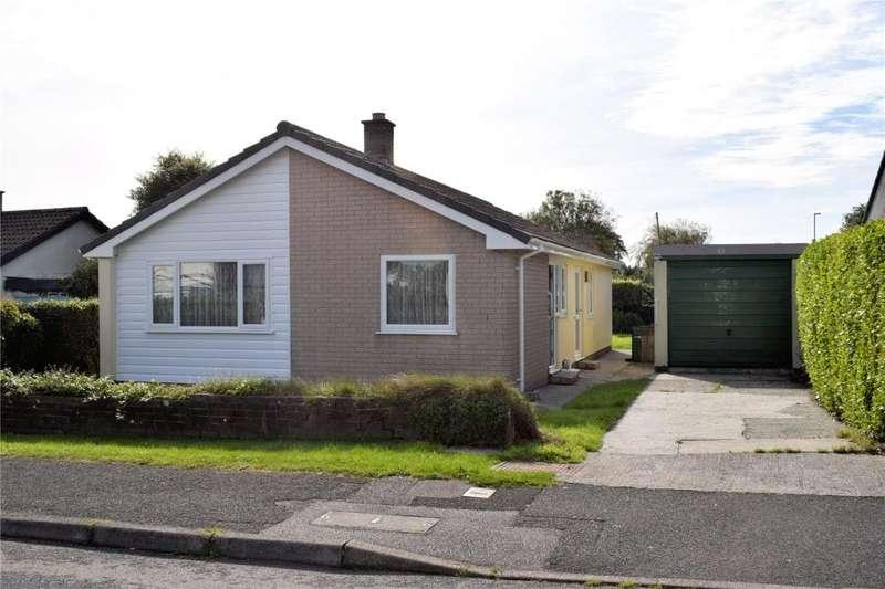 3 Bedrooms Detached Bungalow for sale in Trenethick Parc, HELSTON