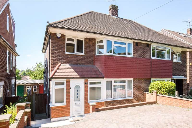 3 Bedrooms Semi Detached House for sale in Abbotshall Avenue, Southgate, London, N14