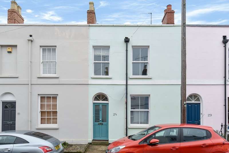 3 Bedrooms Terraced House for sale in Leckhampton