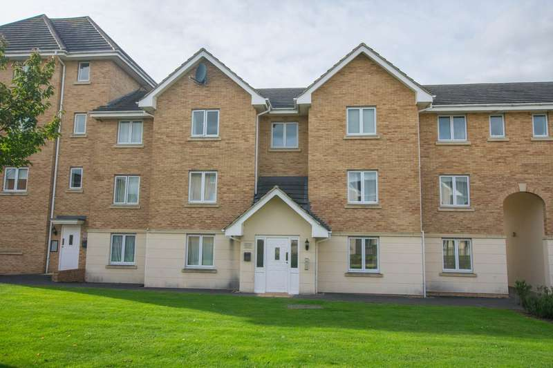 2 Bedrooms Ground Flat for sale in Lloyd Close, Cheltenham, GL51 7SZ