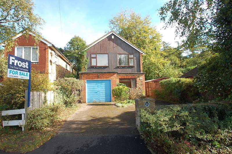 3 Bedrooms Detached House for sale in Cross Lanes, Chalfont St Peter, SL9