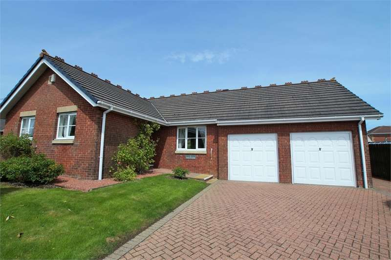 3 Bedrooms Detached Bungalow for sale in CA25 5HA Threaplands, Cleator Moor, Cumbria