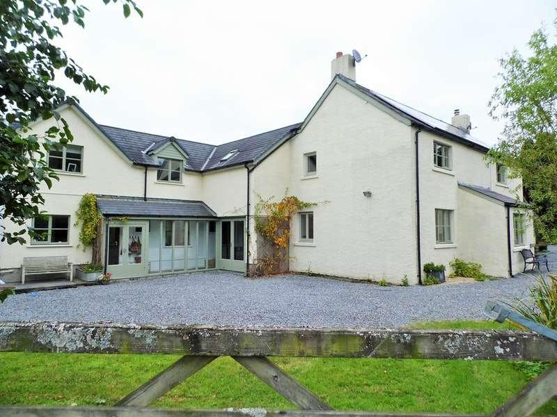 6 Bedrooms Detached House for sale in llandovery, Llandovery, Carmarthenshire, SA20