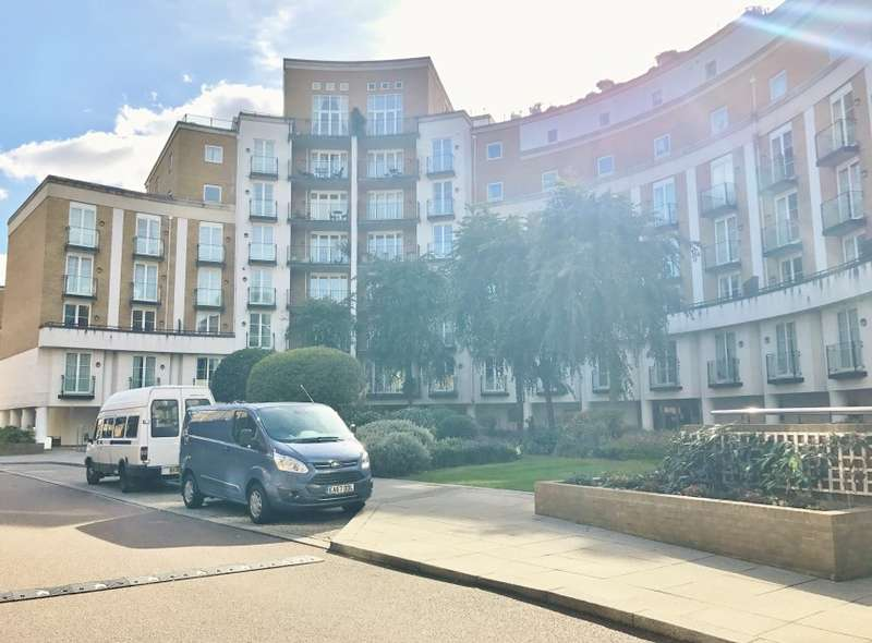 1 Bedroom Ground Flat for sale in Alberts Court, Palgrave Gardens, Regents Park, London, NW1 6EL