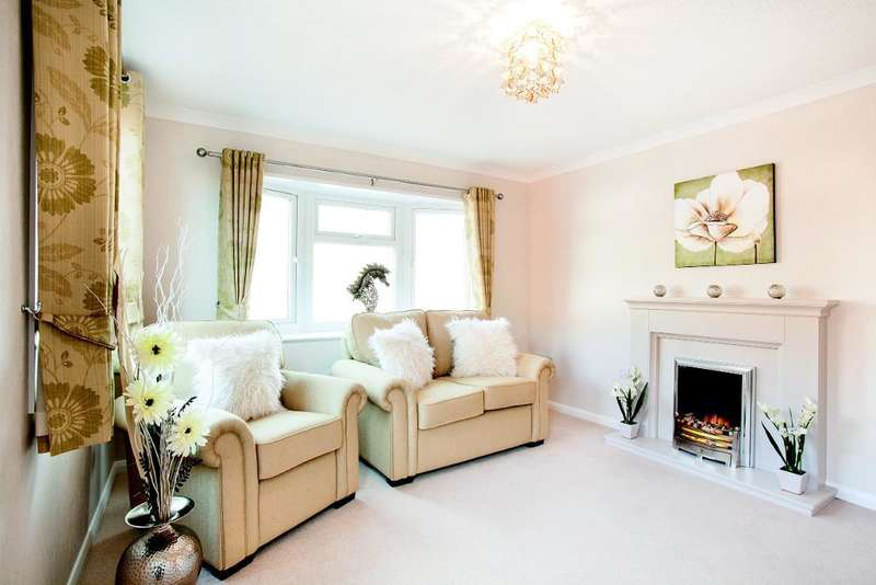 2 Bedrooms Park Home Mobile Home for sale in Bel-Aire Park Homes, Heysham, Lancashire, LA3 2SF