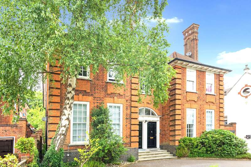 4 Bedrooms Flat for sale in Redington Road, Hampstead