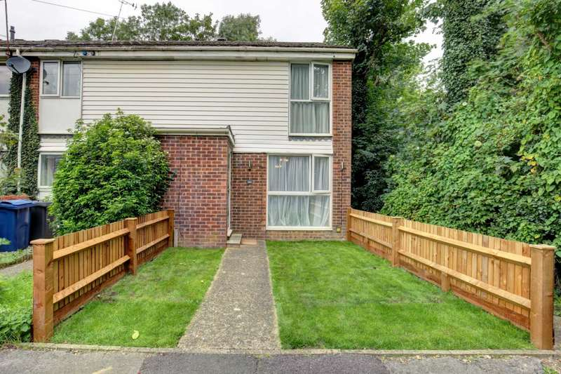 3 Bedrooms End Of Terrace House for sale in The Chase, Marlow