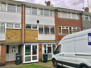 3 Bedrooms Terraced House for sale in Cedar Drive, Sutton At Hone, Dartford, Kent