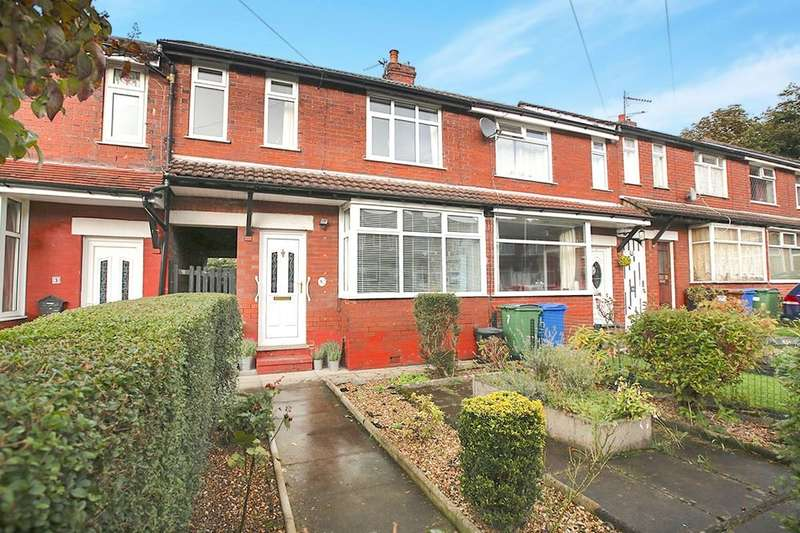 3 Bedrooms Terraced House for sale in Oldham Avenue, Stockport, SK1