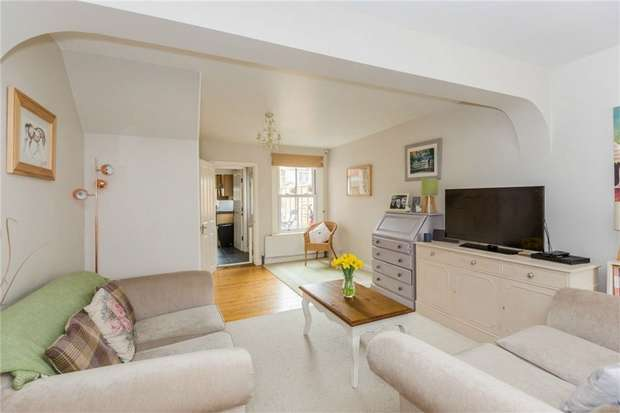 3 Bedrooms Cottage House for sale in Lansdown Road, Chalfont St Peter, Buckinghamshire