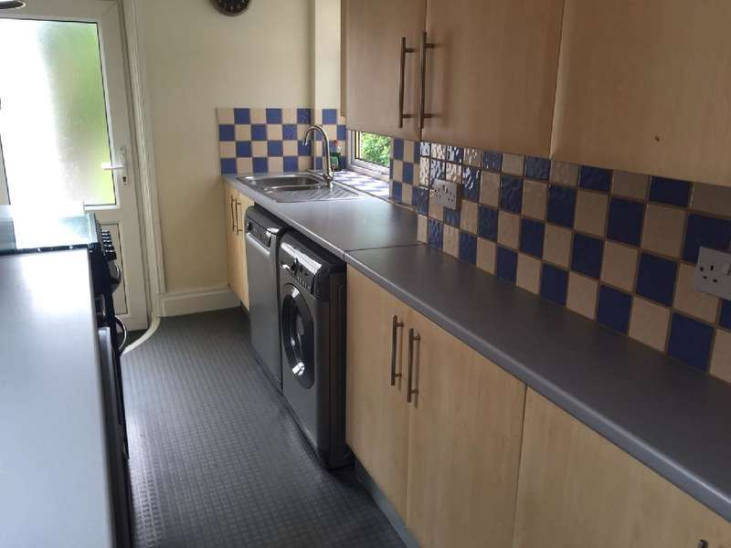 3 Bedrooms Property for sale in 24, Blackpool, FY2 9EP