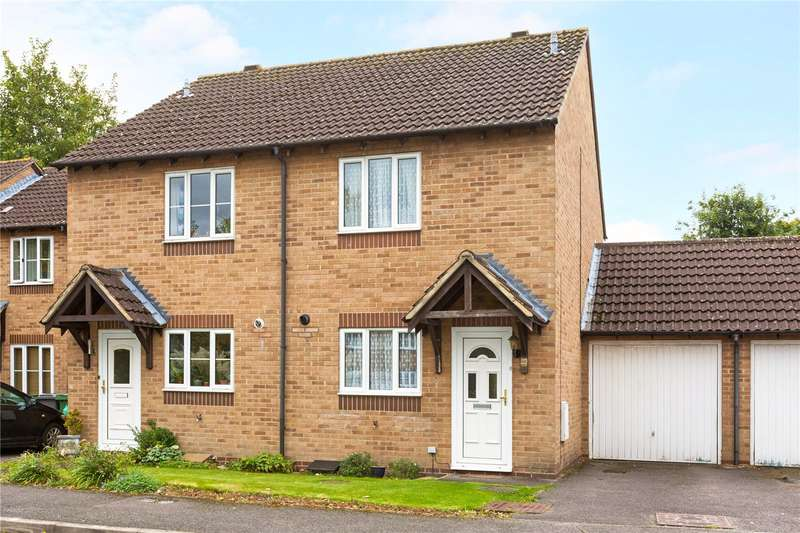 2 Bedrooms Semi Detached House for sale in Orchardene, Newbury, Berkshire, RG14