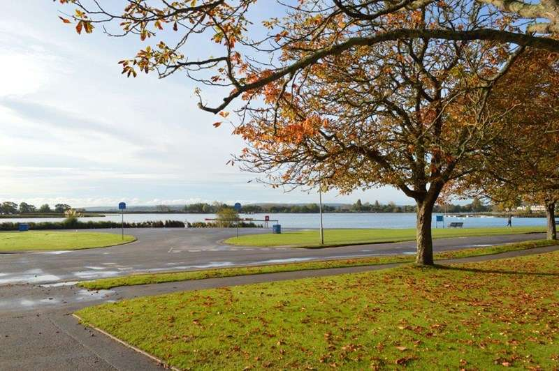 2 Bedrooms Apartment Flat for sale in Poole Park, Lower Parkstone, Poole, Dorset