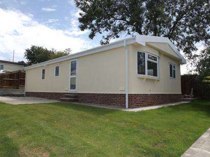 4 Bedrooms Mobile Home for sale in Poplar Drive, New Tupton, Chesterfield, Derbyshire