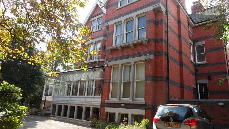 2 Bedrooms House for rent in Aigburth Drive Aigburth L17