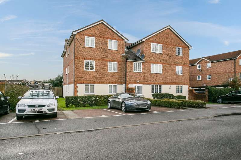 1 Bedroom Ground Flat for sale in Veals Mead Mitcham, London, Surrey, CR4 3SB