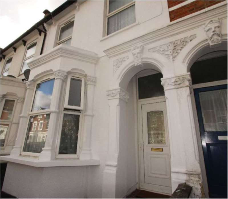 3 Bedrooms Terraced House for sale in Burghley Road, Crouch End