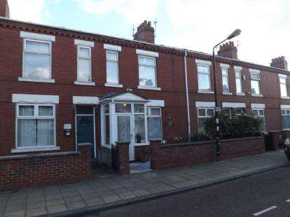 2 Bedrooms Terraced House for sale in Nansen Street, Stretford, Manchester