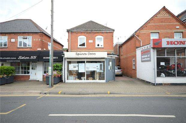 Retail Property (high Street) Commercial for rent in High Street, Crowthorne, Berkshire