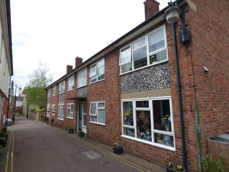 1 Bedroom Flat for sale in Church Walks, Bury St Edmunds IP33