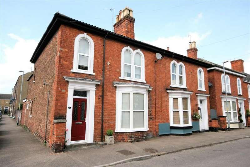 3 Bedrooms Semi Detached House for sale in Henrietta Street, Spalding, PE11