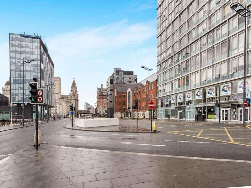 Flat for sale in Strand Street, Liverpool, L1