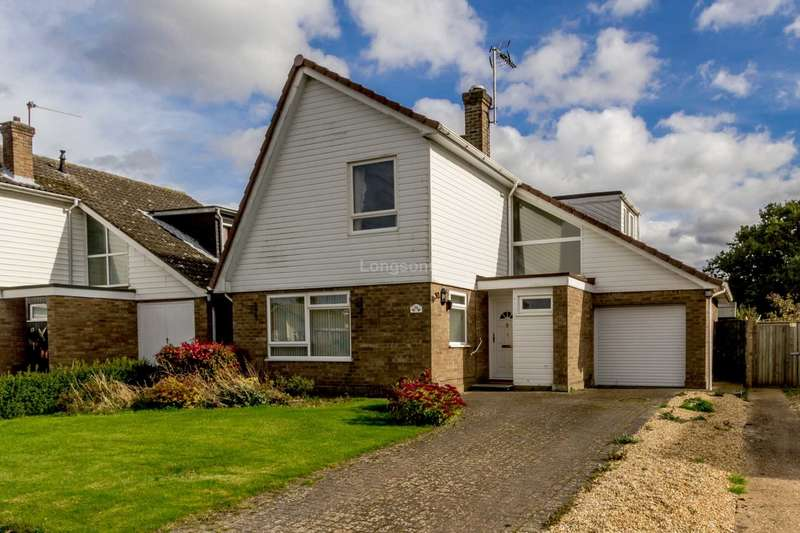 3 Bedrooms Detached House for sale in Brackenwoods, Necton
