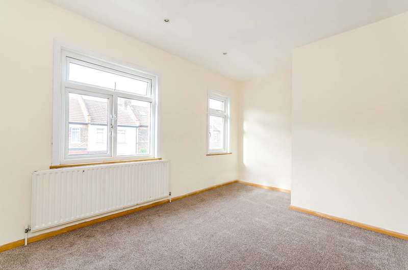 2 Bedrooms House for sale in Anthony Road, South Norwood, SE25