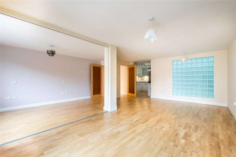 2 Bedrooms Flat for sale in Naoroji Street, London, WC1X