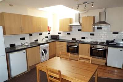 8 Bedrooms Flat for rent in 7 Bed, Burns St, NG7 4DT