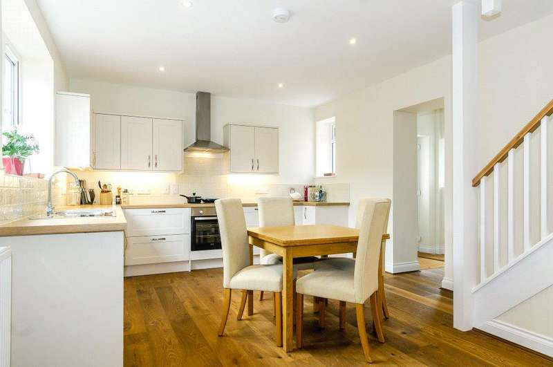 2 Bedrooms End Of Terrace House for sale in Hurstbourne Priors, Whitchurch, Hampshire, RG28