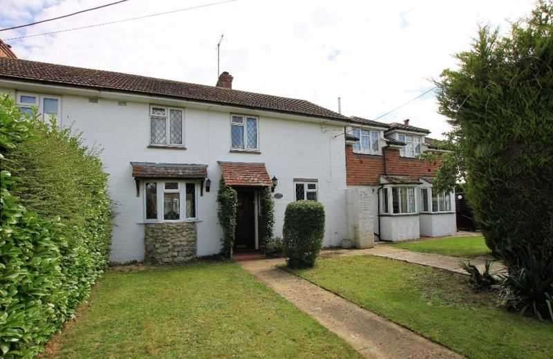 6 Bedrooms Semi Detached House for sale in Lower Road, Woodchurch, Ashford