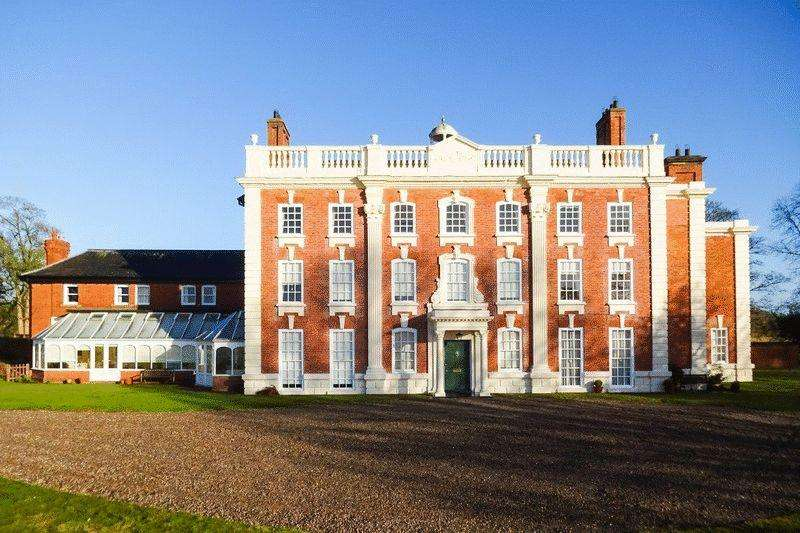 2 Bedrooms Apartment Flat for sale in Apartment 3, Pickhill Hall