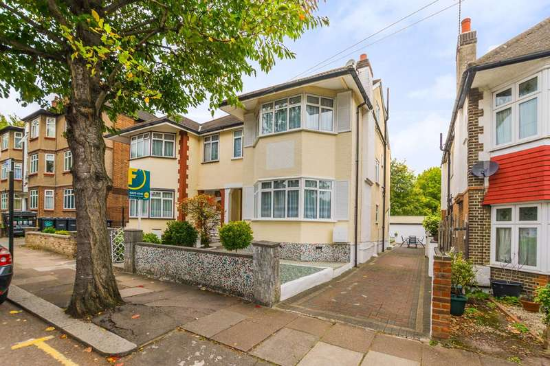 4 Bedrooms House for sale in Gordon Road, Bounds Green, N11