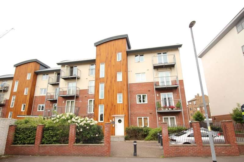 1 Bedroom Flat for sale in Lion Terrace, Portsmouth, PO1