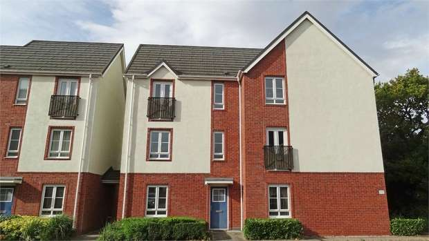 2 Bedrooms Flat for sale in Maes Deri, Ewloe, Deeside, Flintshire
